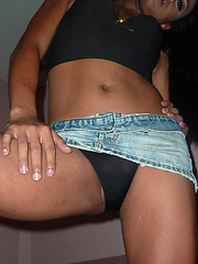 Big butt Ladyboy rims and barebacked by her boyfriend