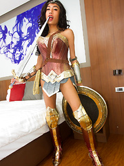 Wonder Woman Bareback Topping