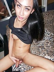 Booty Shorts 3X Cum Bareback