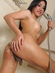 Asian Shemale Solo Toying