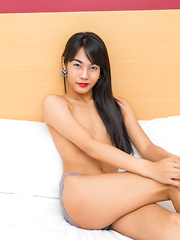 Sexy Ladyboy Posing Nude for the Camera!