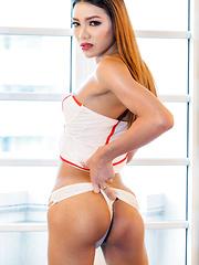 Sexy Nurse Maky